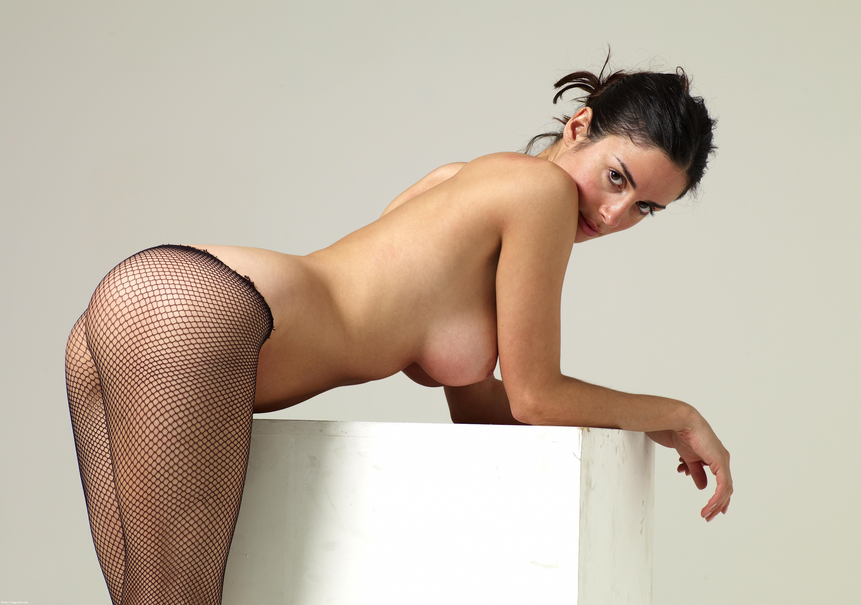 Эротические голые в колготках 2 фотография