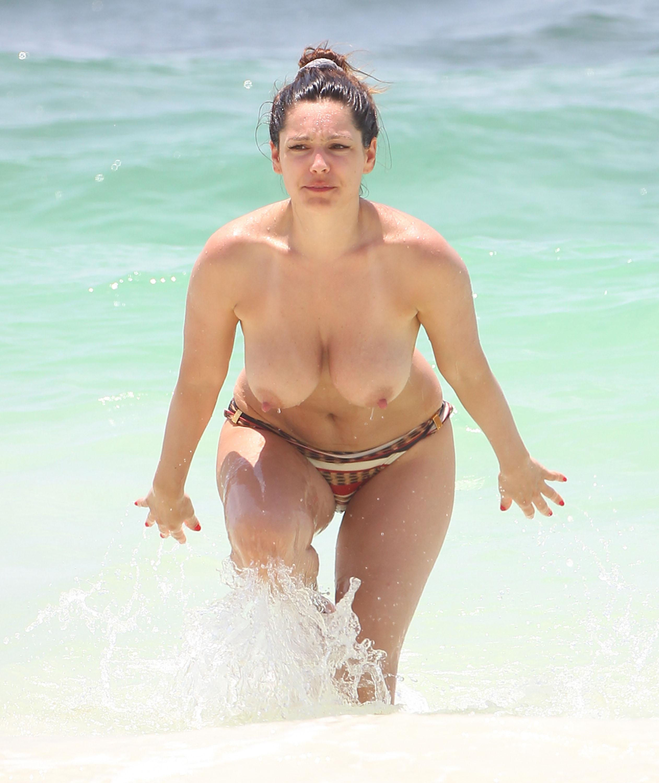 Звезды на пляже голые