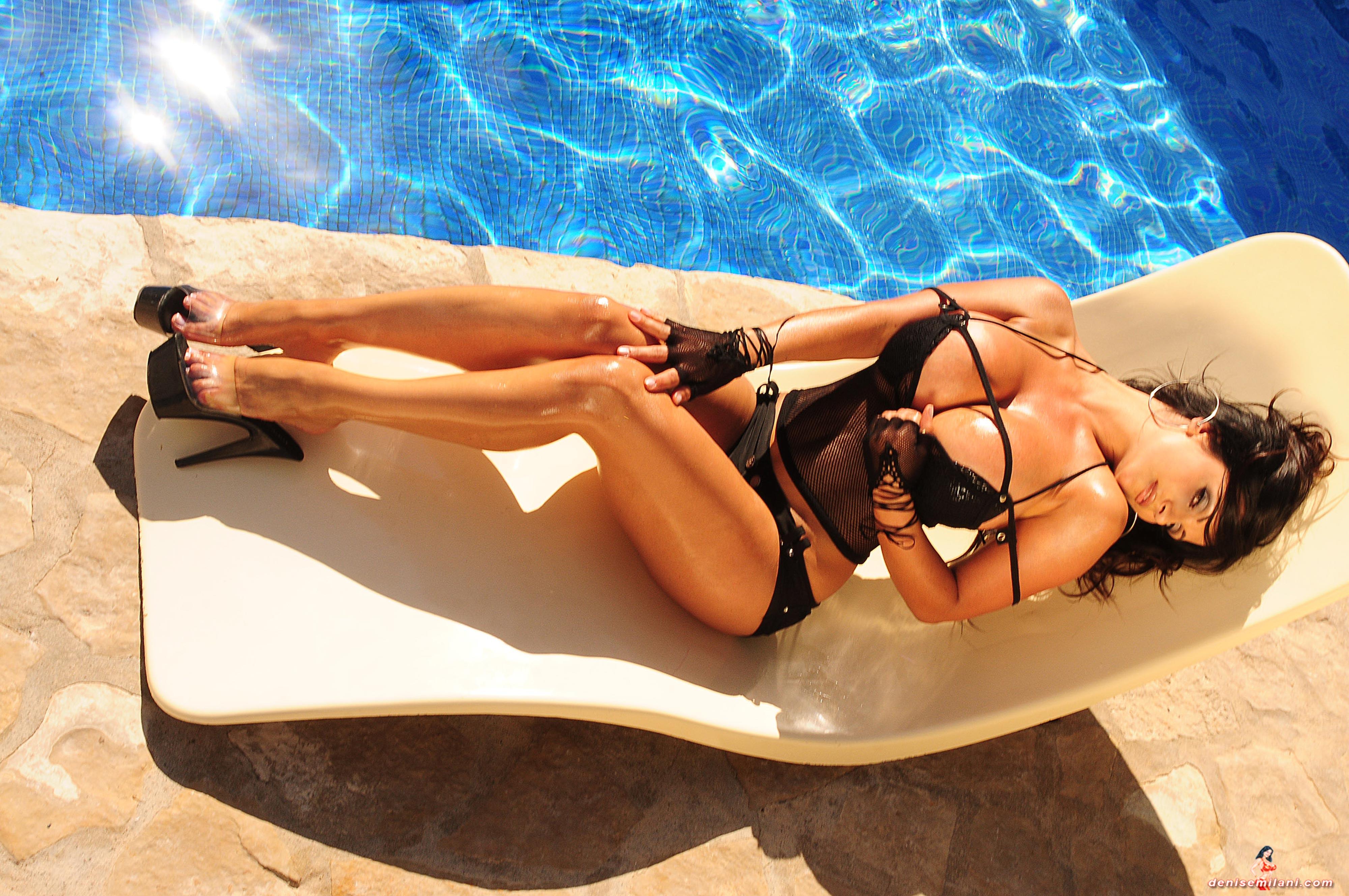 Эротический массаж выезд на дом частные объявления 17 фотография