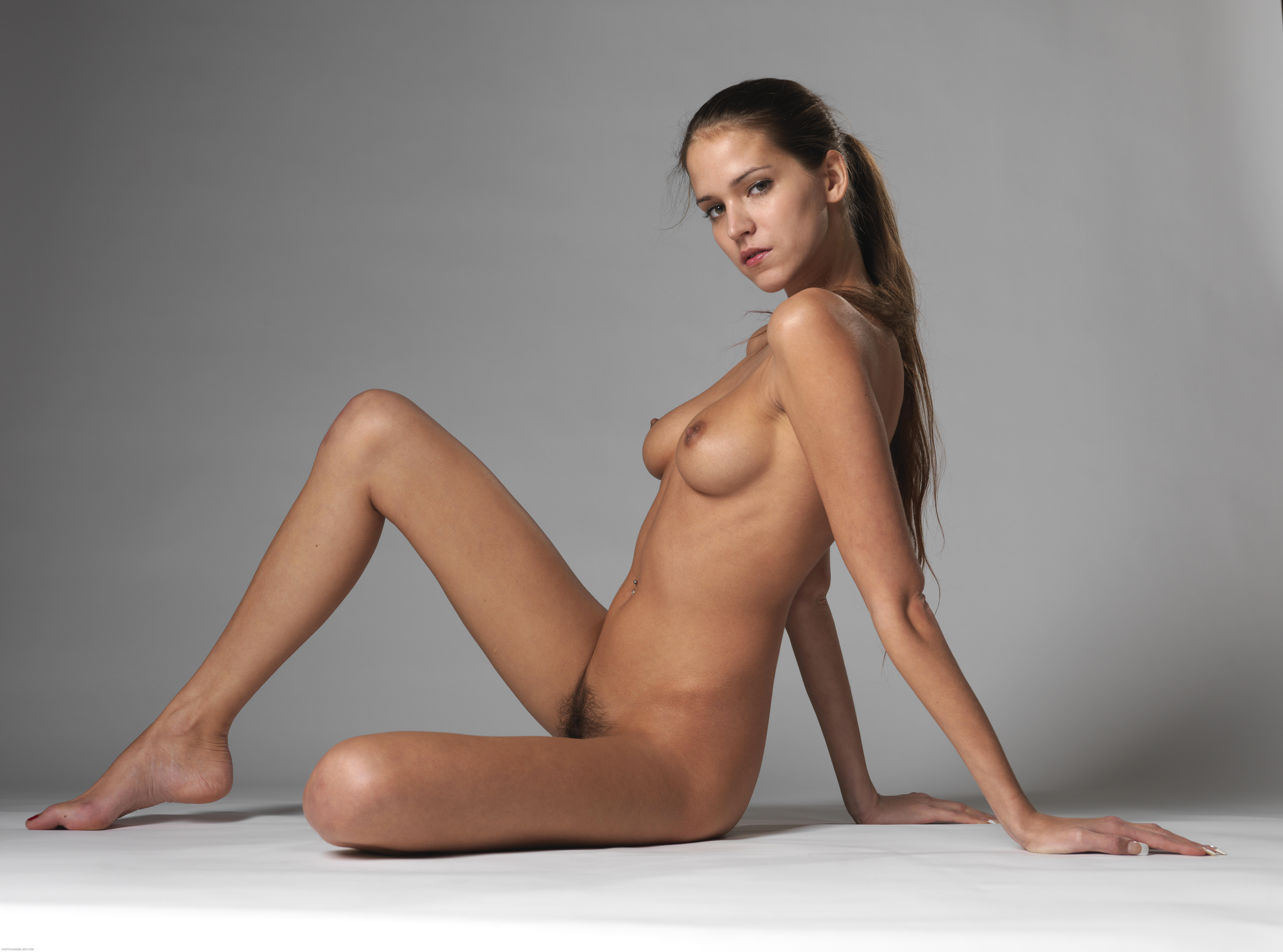 mobypicture hot girls swingers