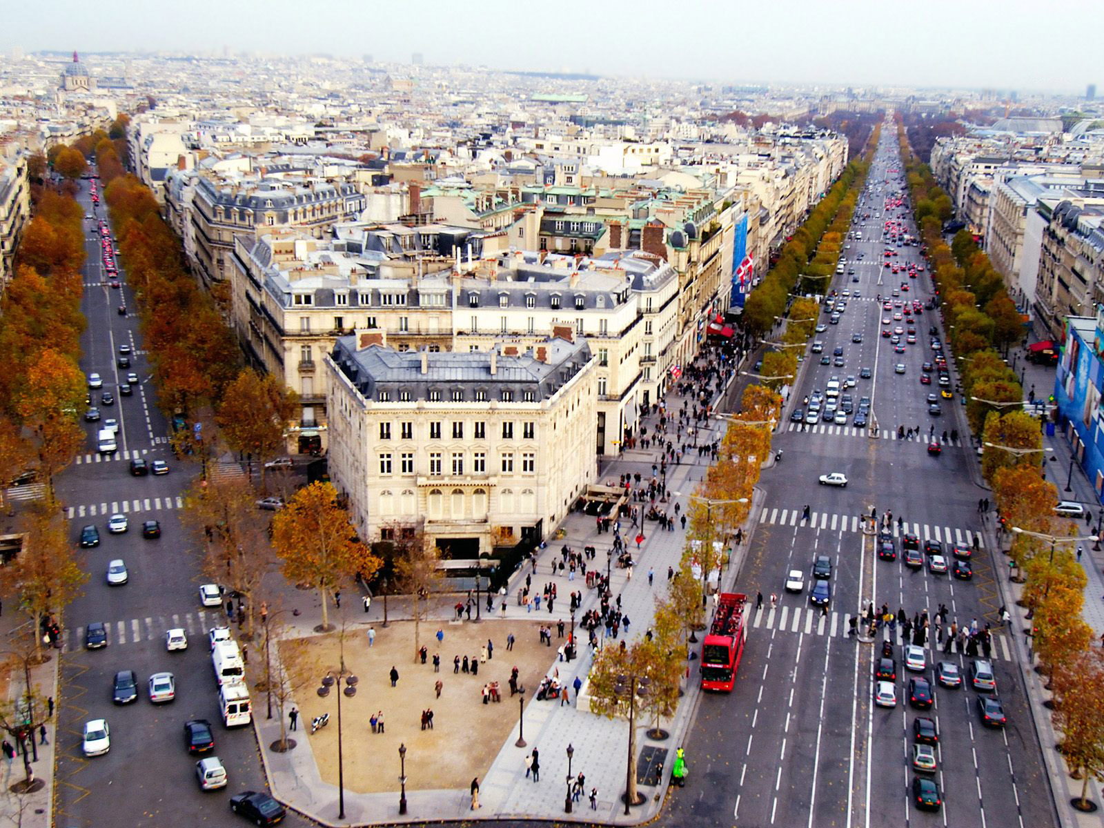 Champs Elysees 5 Paris 7 France