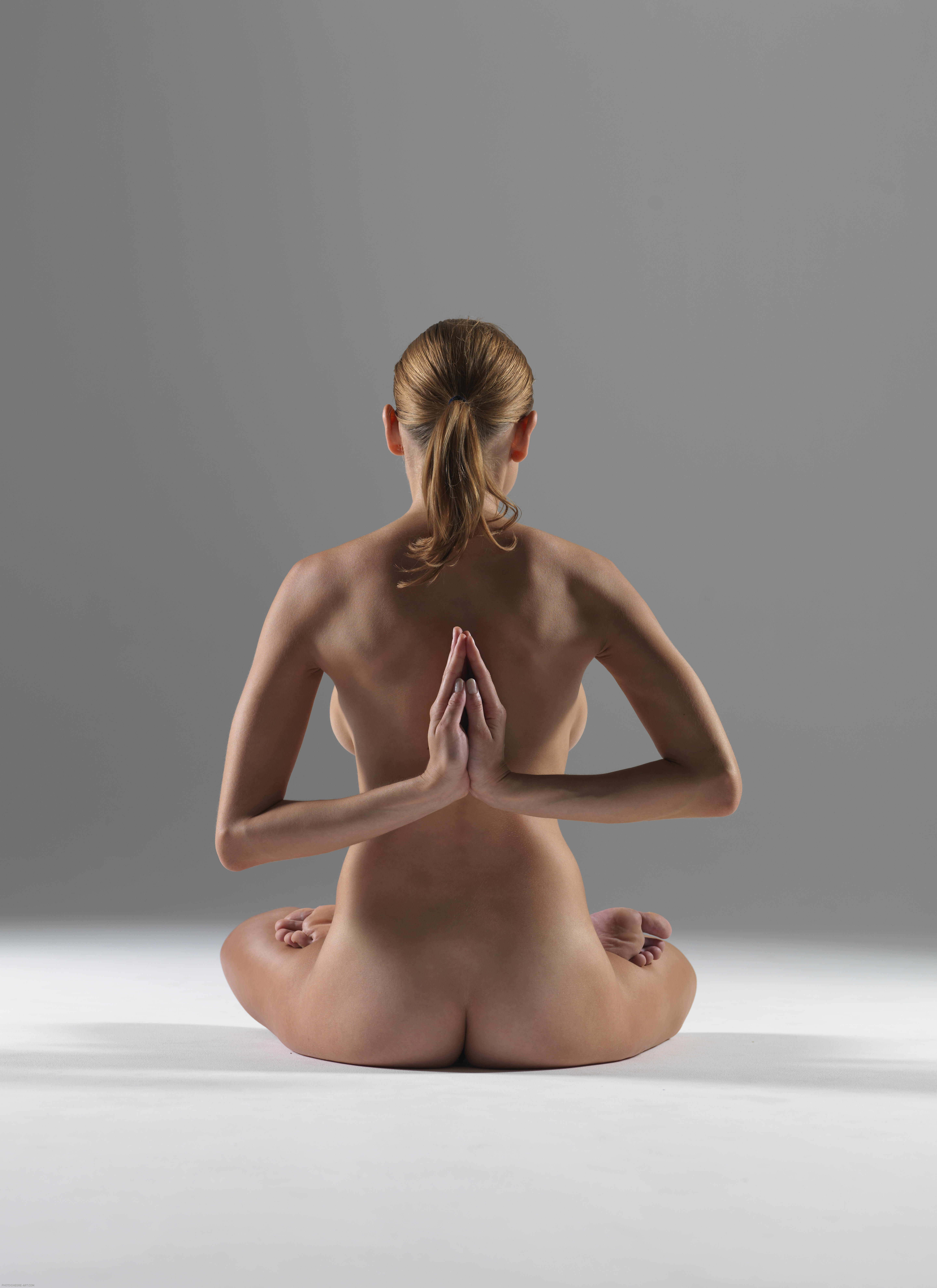 Yoga sex porn videos and pics with flexible naked girls