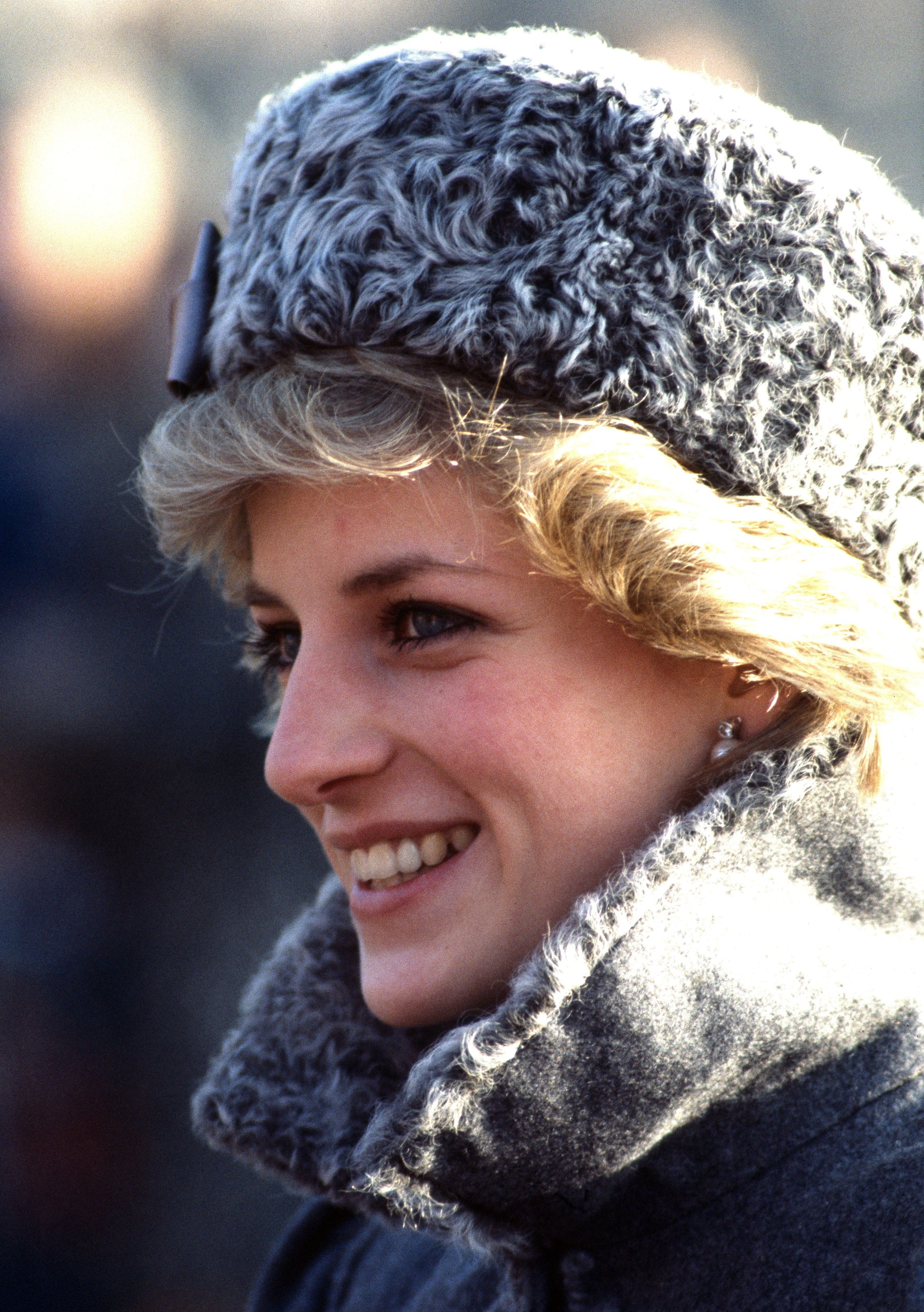 the life of princess diana Britain will remember the wonderful life and tragic death of princess diana on the 20th anniversary of the fatal car crash in paris today here is a look back at diana in pictures.