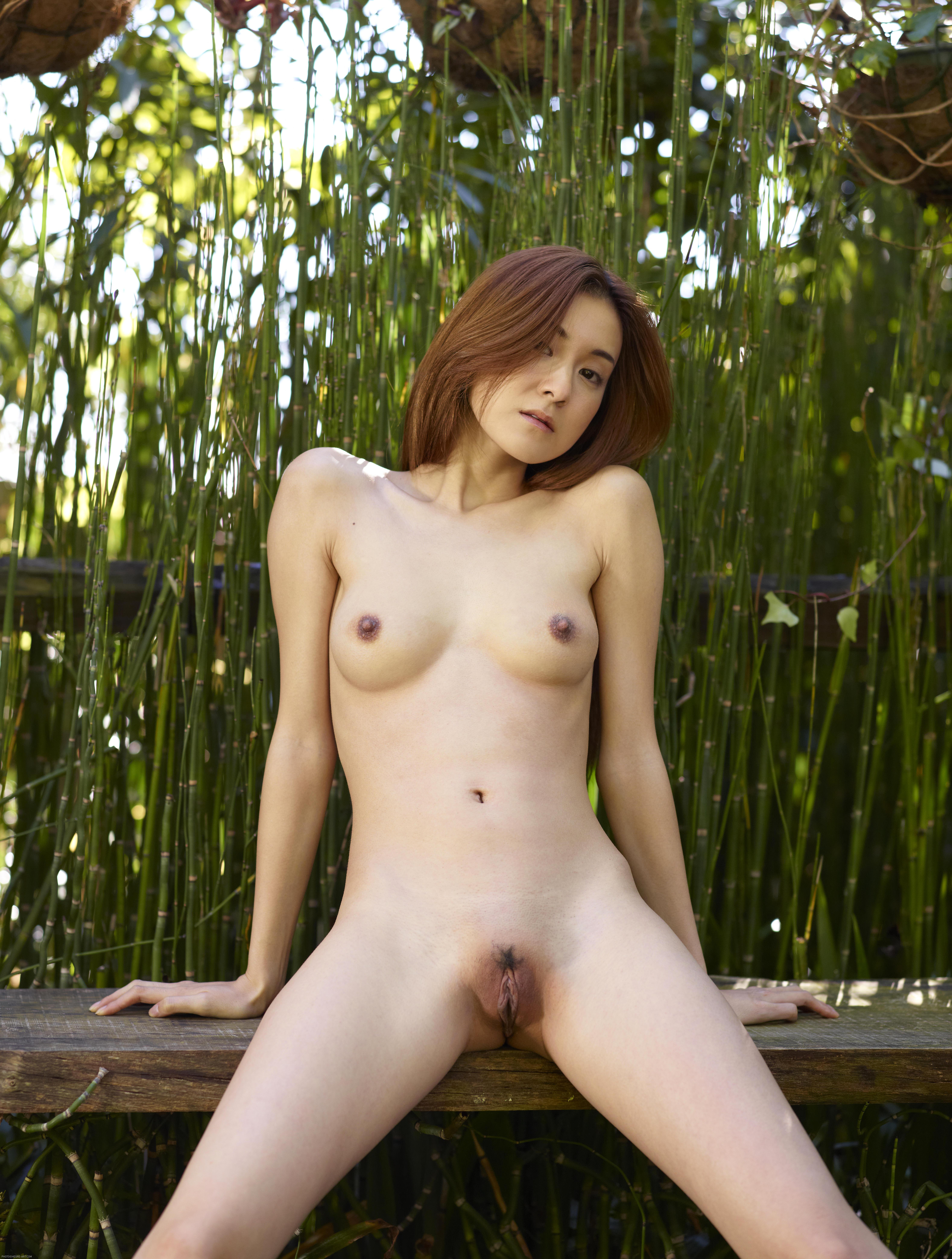 pics of beautiful polish naked full breasted girls