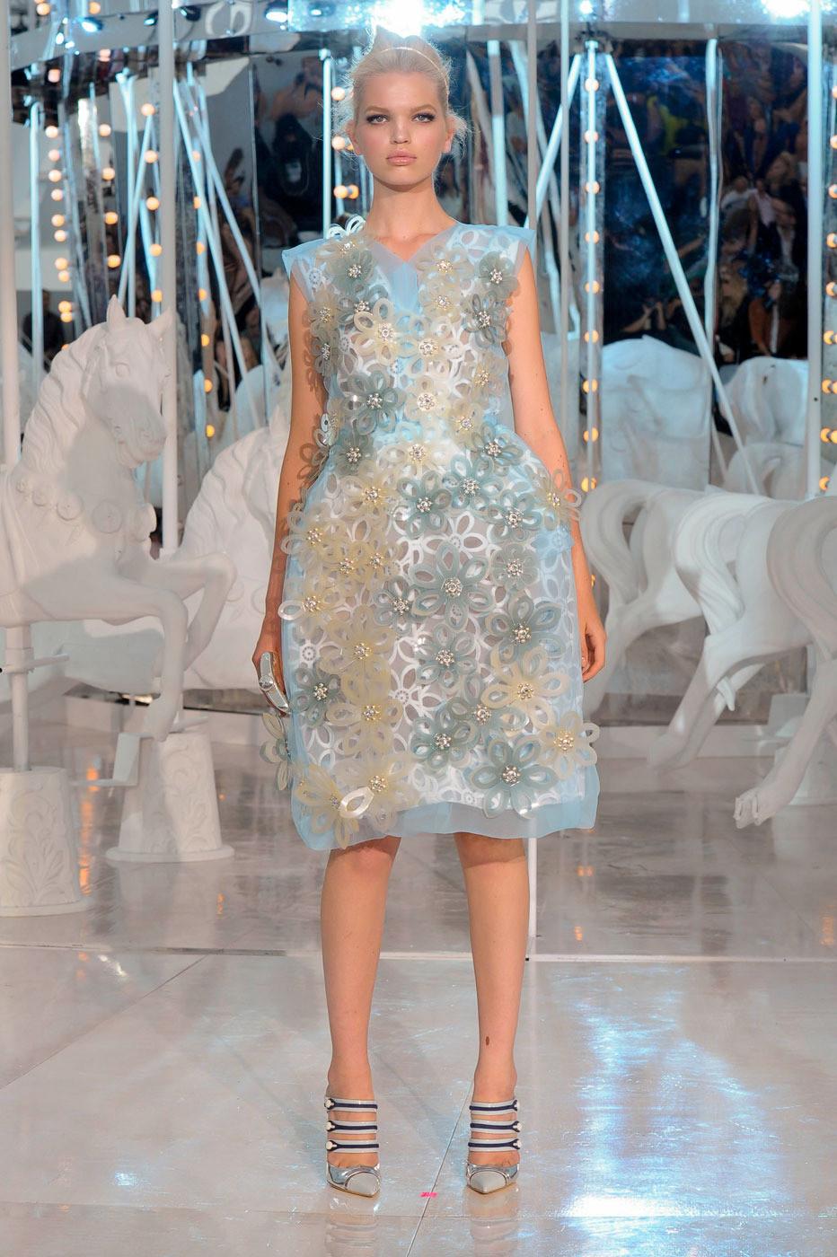 Louis Vuitton Spring 2012 u K 2 OQAH 4 qpgx - 932 x 1400  289kb  jpg