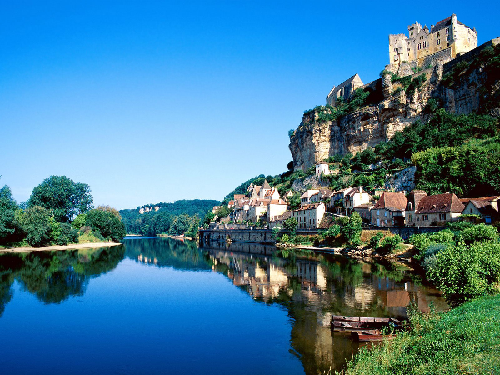 Beynac 5 Dordogne River 6 France