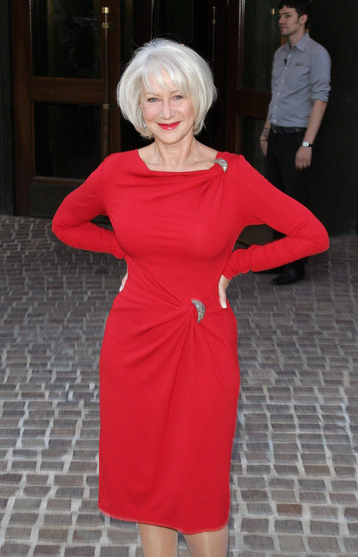 Helen Mirren Kosty 555 info 1