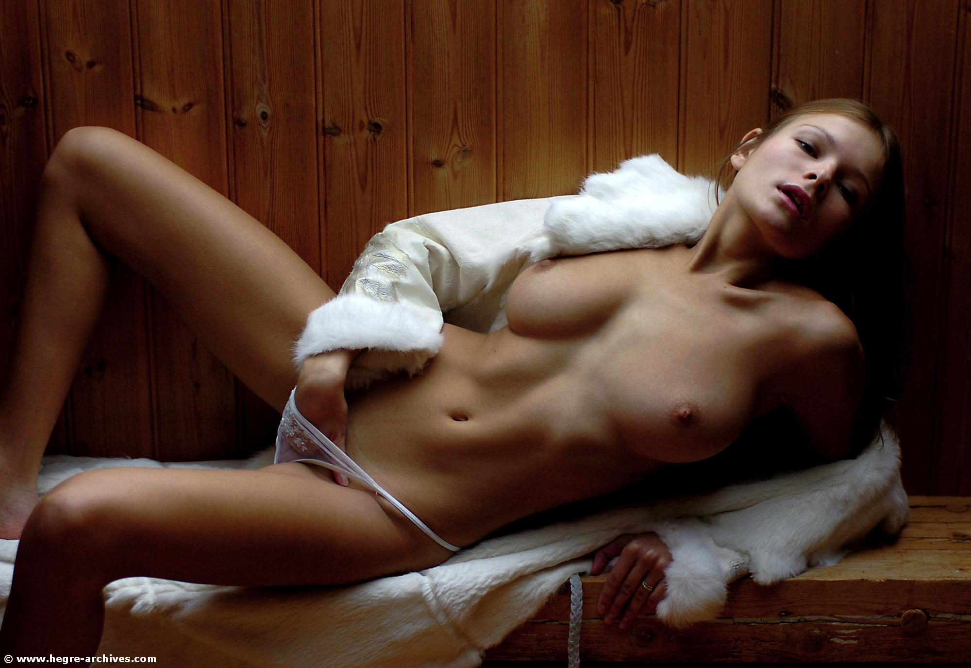 emmanuelle vaugier nude pics