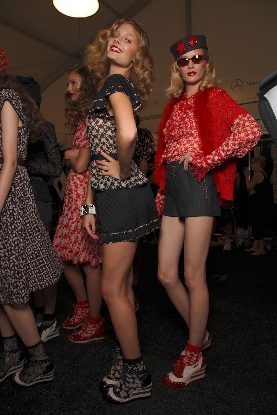 Anna Sui Spring 2012 Backstagefp 1 Cke 9 Vrw Mx