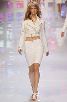 Linda Vojtova - the Fashion Spot 16