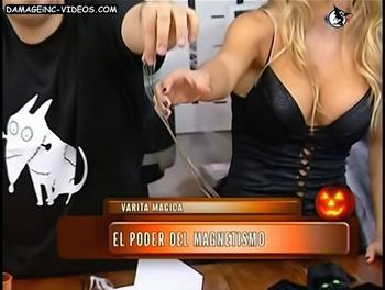 Escote en negro de Noelia Marzol damageinc-videos
