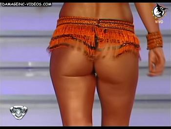 Argentina Celebrity Jesica Cirio ass in thong