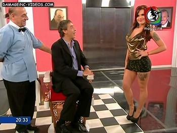 Sofia Clerici miniskirt