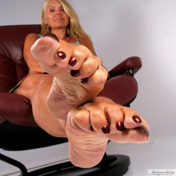 Naughty Foot Fetish Chat Come Talk Feet