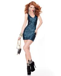 9502385_BEBE_Oct_2011_Own_The_Night_LookBook_2.jpg
